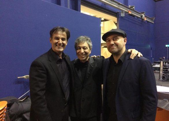 Με τον Μαέστρο Λουκά Καρυτινό και το Νίκο Κατσίκη από τη Μουσική παράσταση